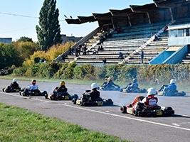 1 и 2 место на пятом этапе Кубка Украины по автомобильному спорту картинг, заняли гонщики Харьковского клуба «Лидер»